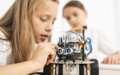 STEM- Building Solar Robots – April Break – Ages 8-12 – Online Program
